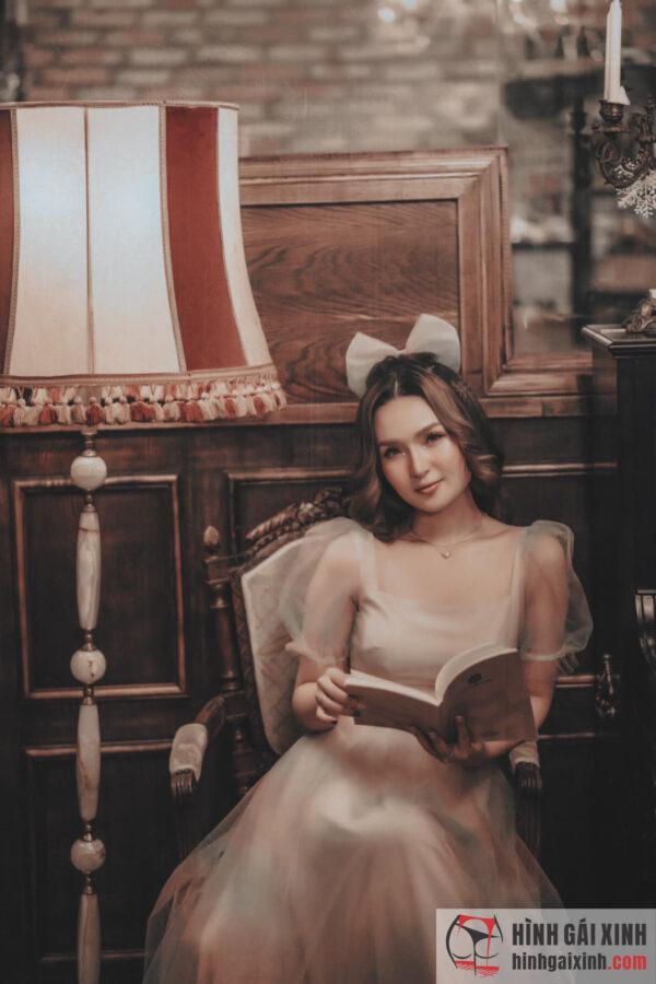 cô công chúa xinh đẹp trong truyện cổ tích