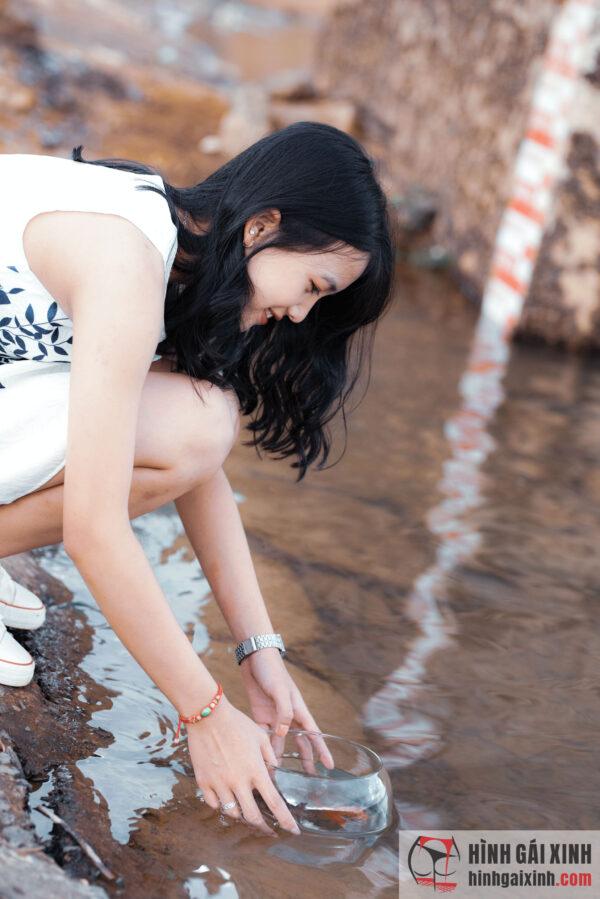 Siêu phẩm gái xinh 2K bikini siêu nhỏ và mỏng xuyên thấu đến từ hàn quốc