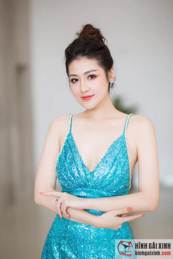 Hot girl Dương Tú Anh sexy quyến rũ