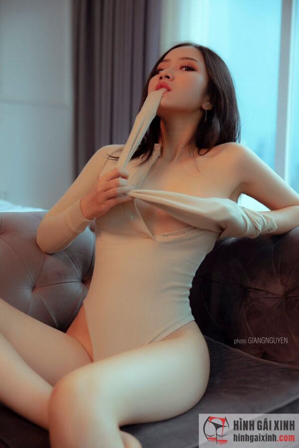 Hot girl gợi cảm khoe thân hình sexy cực đã