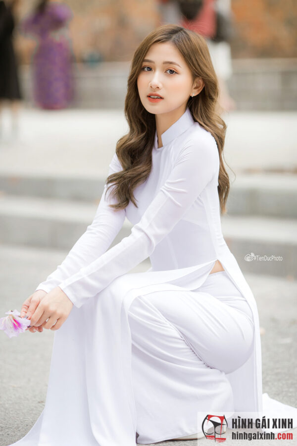 nữ sinh tóc dài đẹp hết nấc