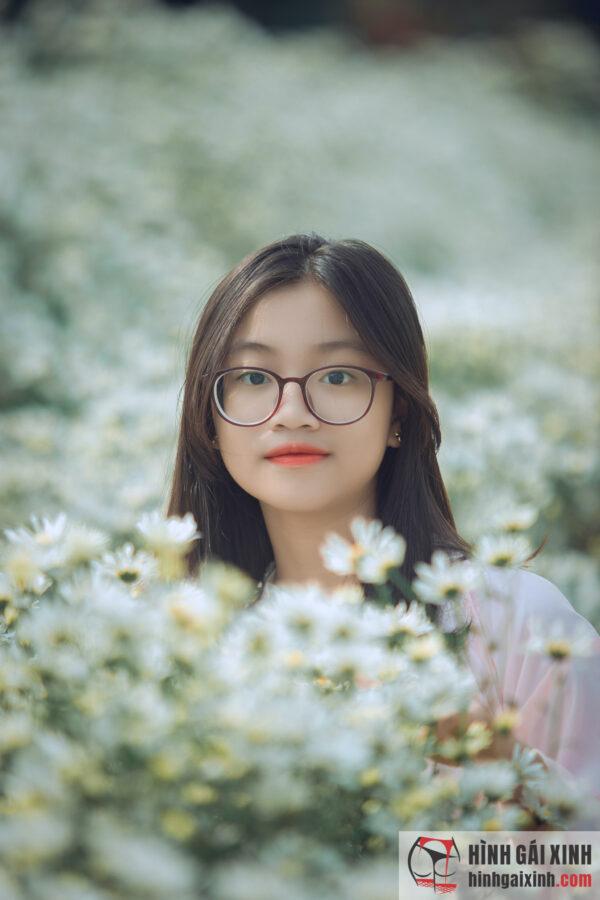 nữ sinh Việt Nam đẹp dịu dàng