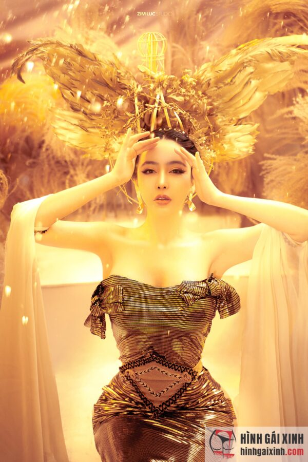 nữ thần sắc đẹp