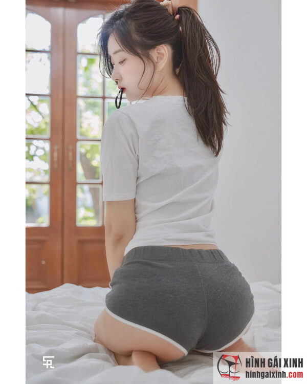 Siêu mẫu gợi cảm xứ Hàn Shin Jae Eun