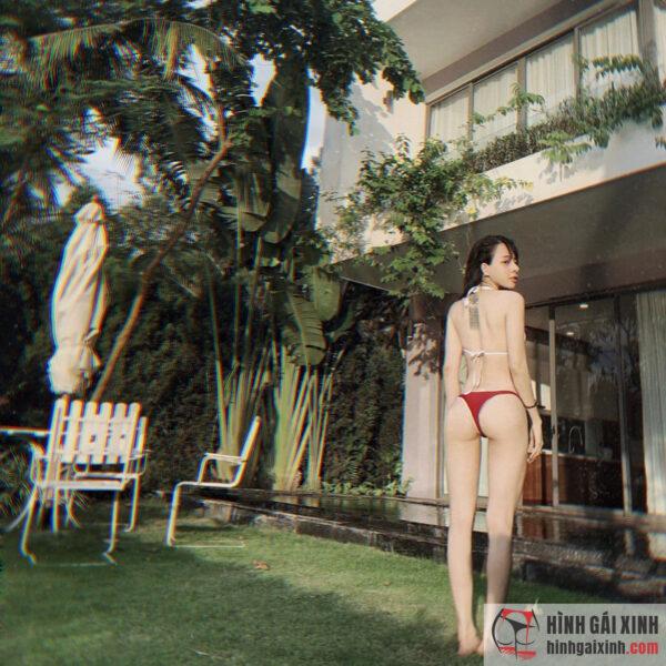 TOP ảnh gái xinh mặc bikini mỏng siêu nhỏ xuyên thấu lọt khe