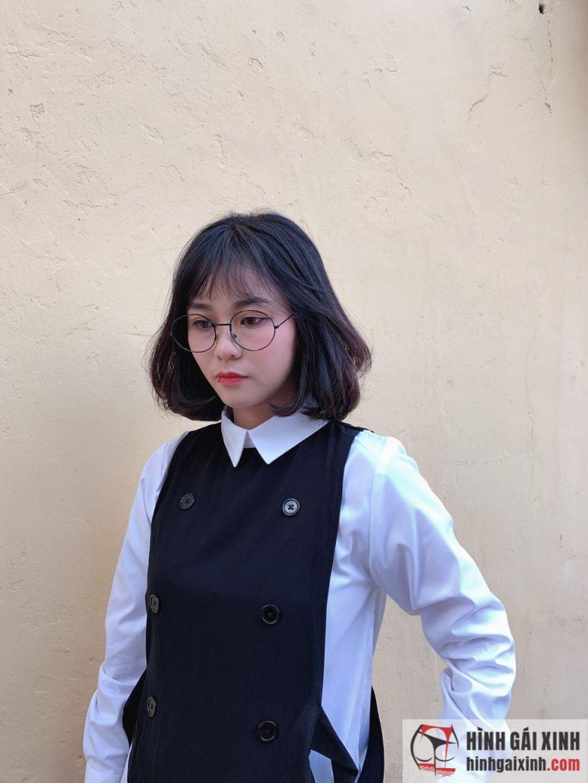 Nữ streamer MisThy trung thành với mái tóc ngắn ngang vai