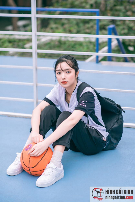 Album hình gái xinh diện đồ thể thao thu hút mọi ánh nhìn