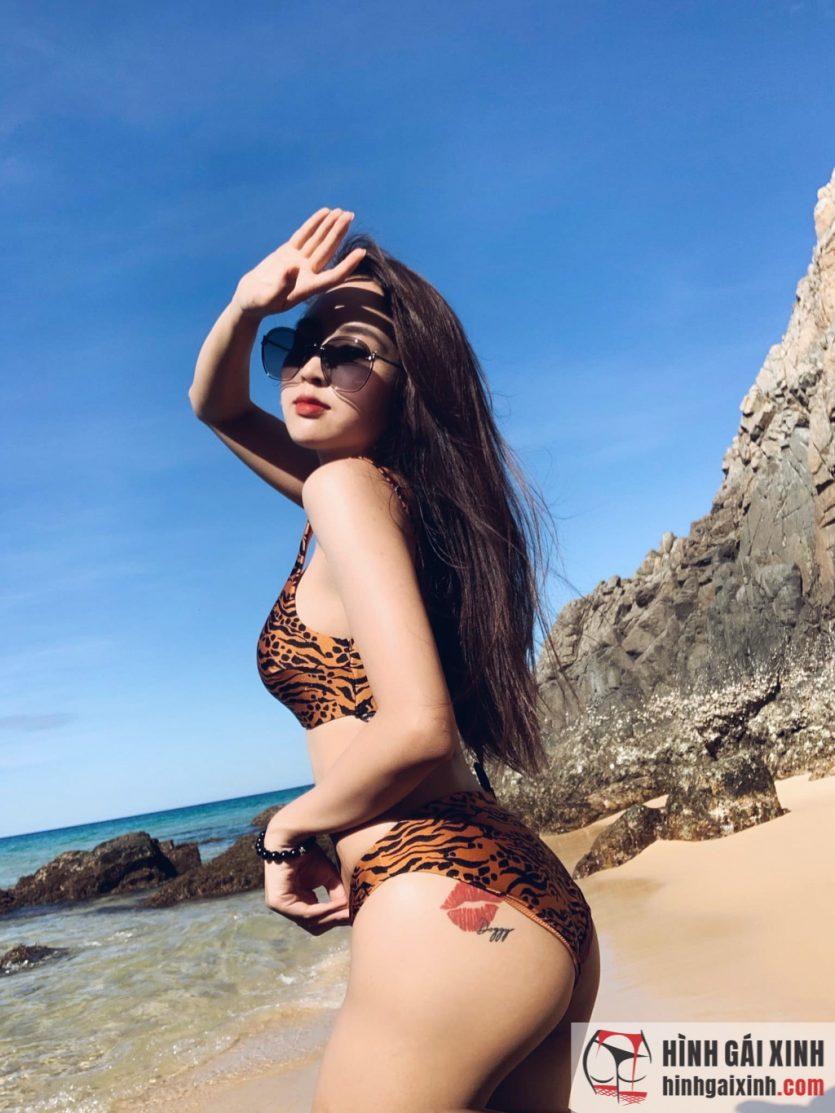 Hot girl 9x Lê Phương Anh khoe hình xăm ở vị trí vòng 3