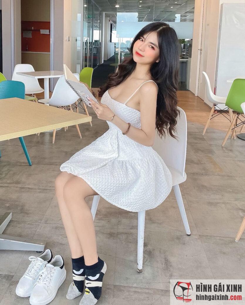 Mai Dora được biết đến là một trong những streamer sexy nhất Việt Nam
