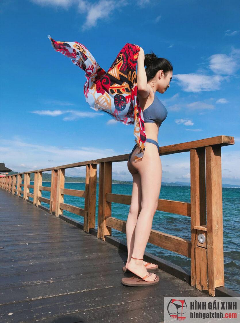 Ca nương Kiều Anh diện bikini thả dáng giữa khung cảnh thiên nhiên thơ mộng