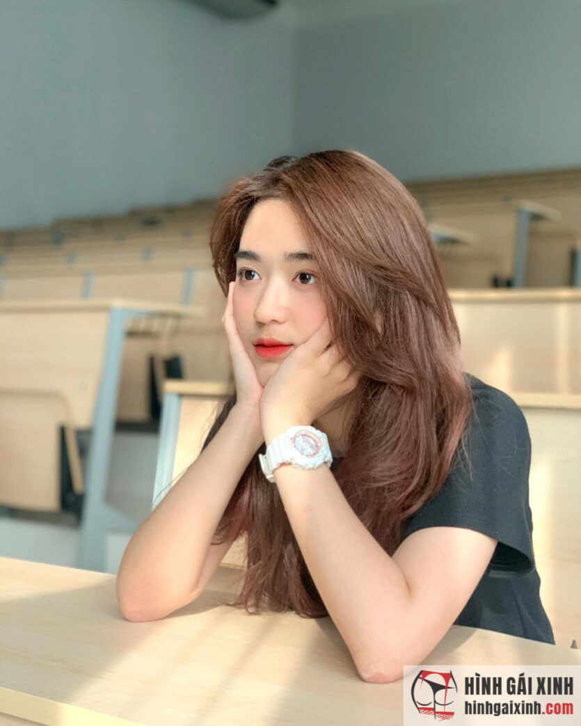 Hot girl 10x Mai Hà Hoàng Yến sở hữu gương mặt đẹp không góc chết