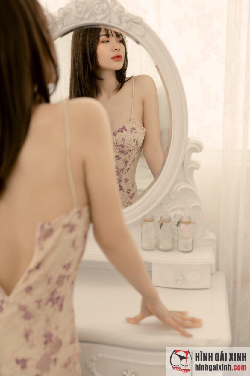 Gái đẹp sexy mặc đầm ôm body cúp ngực gợi cảm