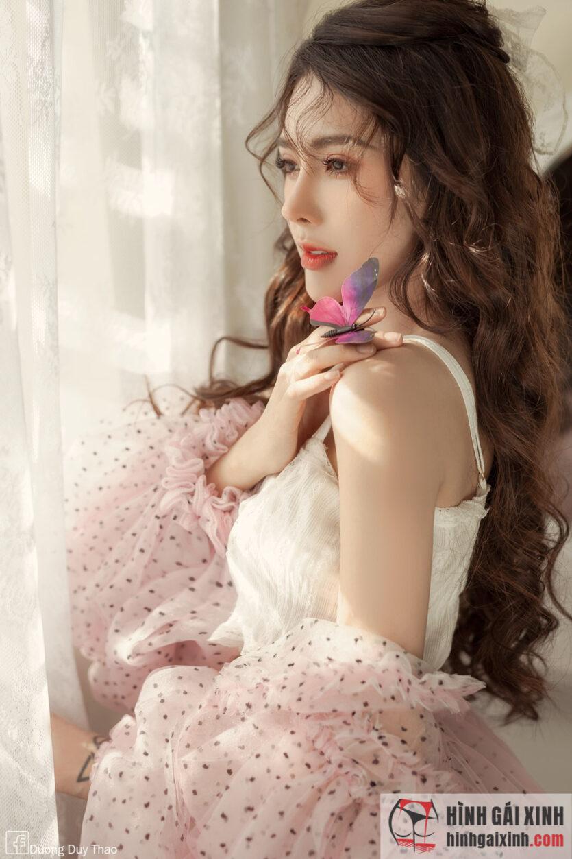 Gái đẹp tóc dài sở hữu vẻ đẹp như thiên thần