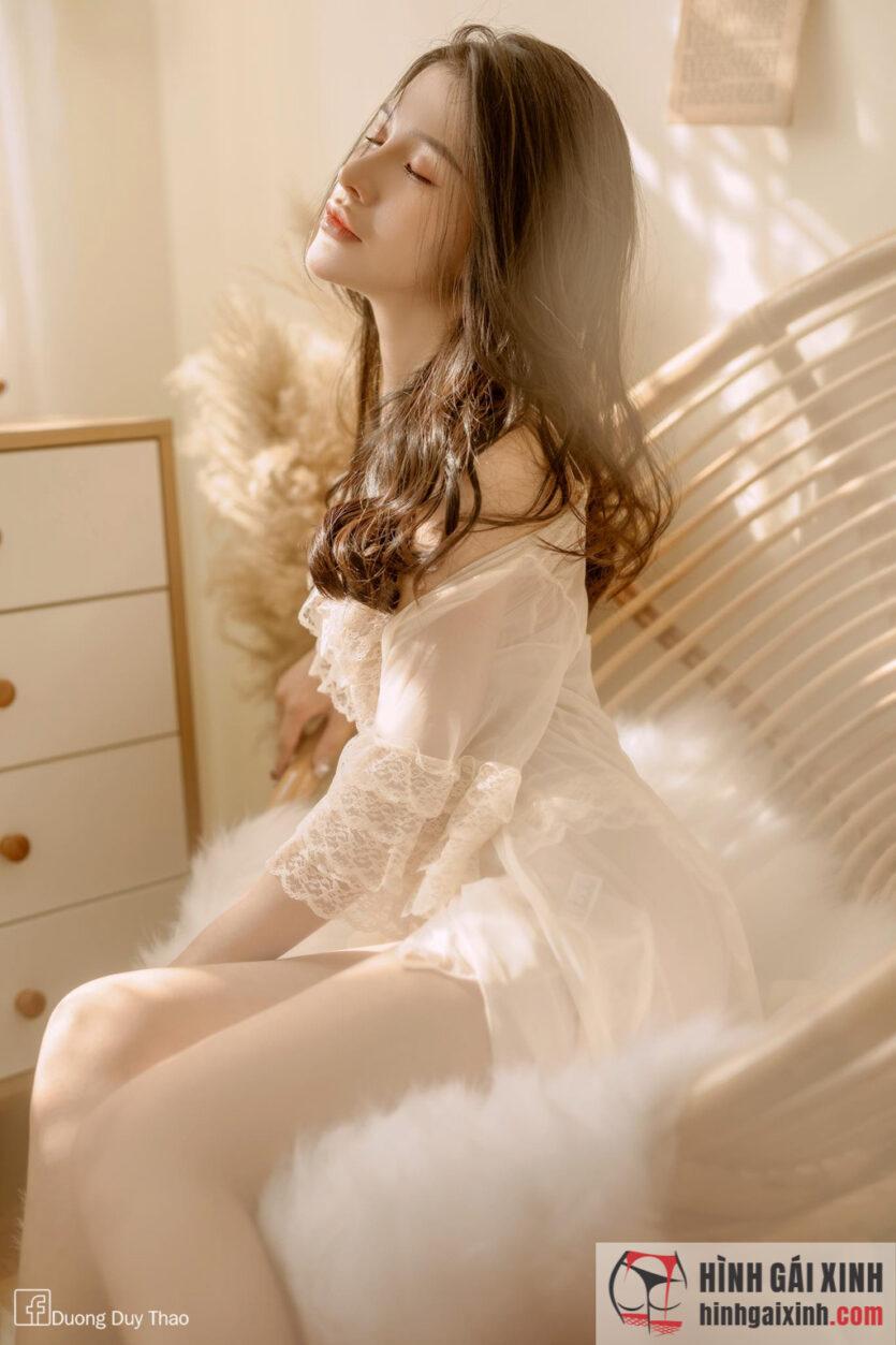 Gái xinh quyến rũ trong bộ váy ngủ khiêu gợi