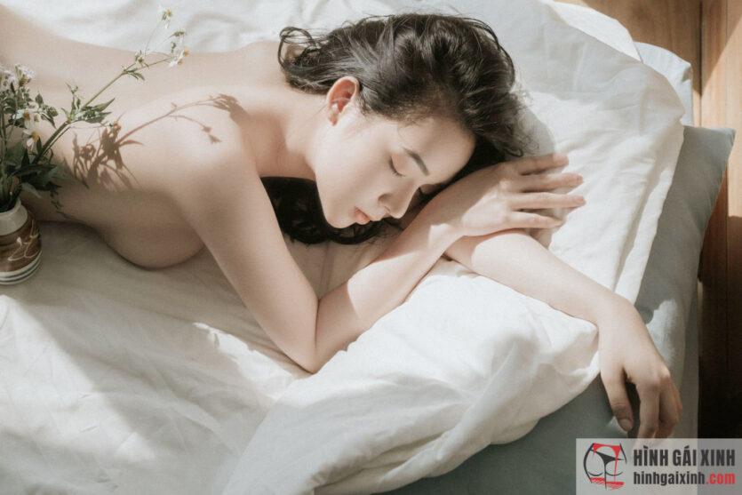TikToker Quỳnh Miêu sở hữu nhan sắc xinh đẹp, vóc dáng cân đối