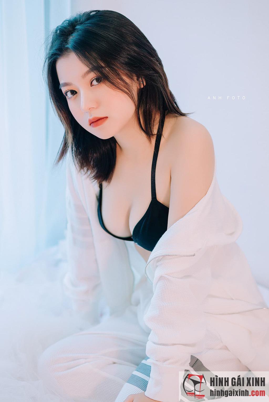 Gái xinh trường Đại học FPT Mai Linh bạn gái tuyển thủ Trọng Hùng
