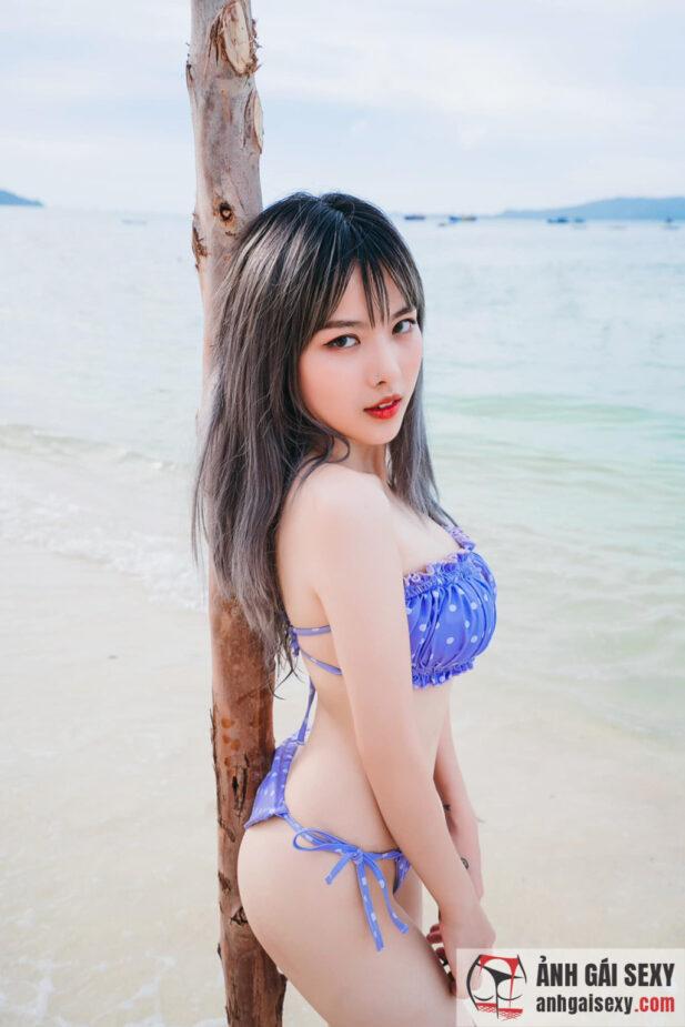 Hình ảnh Loạt ảnh bikini nóng bỏng của nữ streamer Heli A