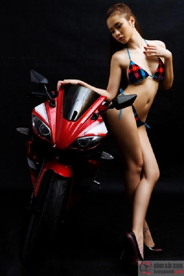 Bộ ảnh Angela Phương Trinh sexy
